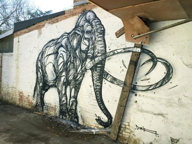 mamut con trazos geométricos